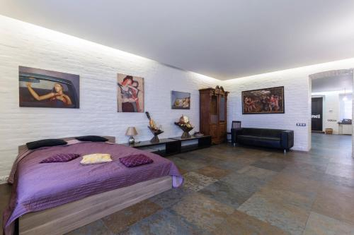 Julia Gallery Apartment
