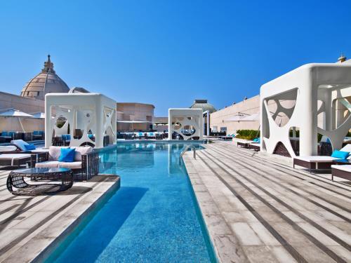 V Hotel Dubai, Curio Collection by Hilton photo 40