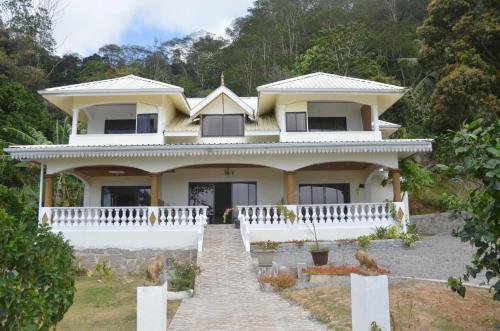 Mont Buxton Villa, Victoria, Seychelles