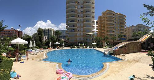 Mahmutlar CEBECI 8 Luxury Apartments 2+1 in coastline of sea online rezervasyon