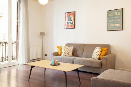 Rent Top Apartments Las Ramblas impression