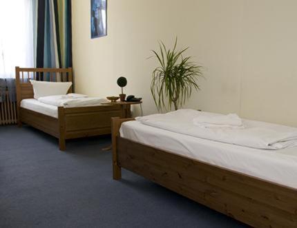 Hotel-Pension Rheingold am Kurfürstendamm photo 6