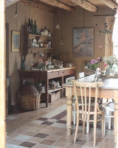 Via Villa 61, 32020 Limana, Belluno, Italy.