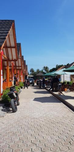 Vila tenjo gunung, Sukabumi