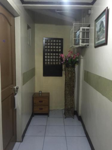 picture 3 of La Kwatza Hotel