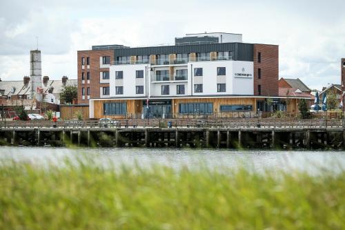 The Commissioners Quay Inn