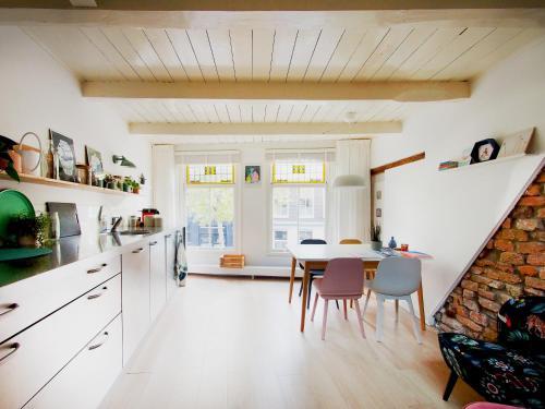 My home in Delft, Pension in Delft