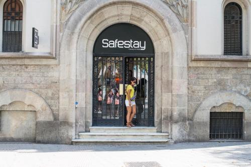 Passeig de Gràcia, 33, 08007 Barcelona, Spain.