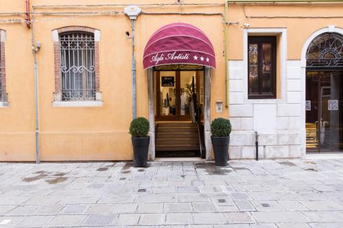 Hotel Agli Artisti - image 1