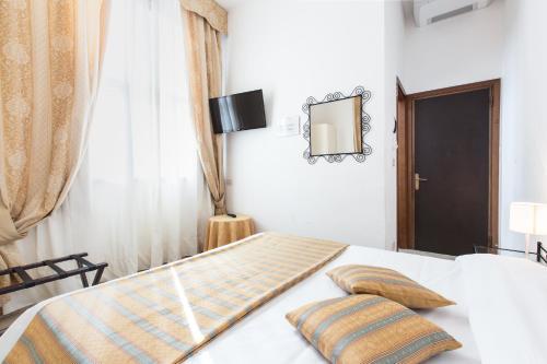 Hotel Agli Artisti - image 11