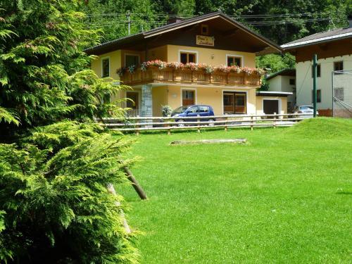 . Vronis Landhaus Apartments