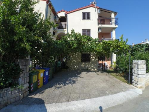 . Apartment Exclusive Annex