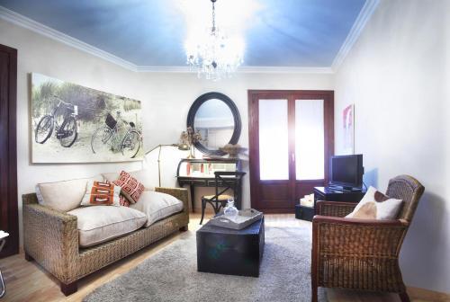 . Apartamentos Alcoba de Baco