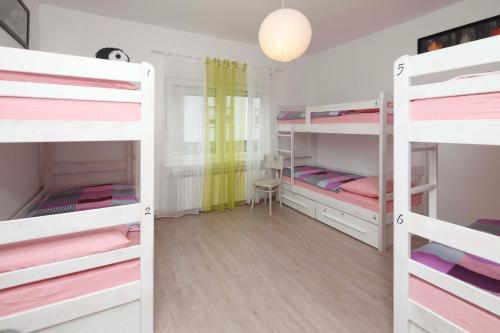 Pozitiv Hostel 룸 사진