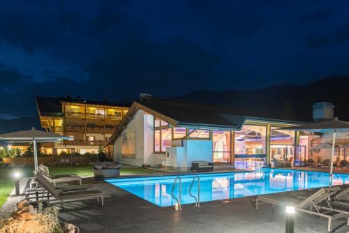 BAD MOOS - Dolomites Spa Resort Sexten