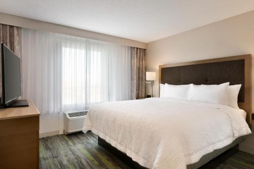 Hampton Inn by Hilton St Paul Alberta - St Paul, AB AB T0A 3A2