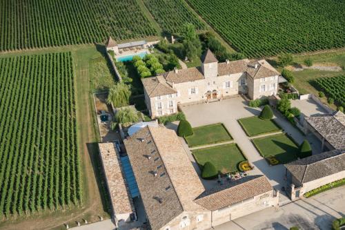 . Château de Besseuil