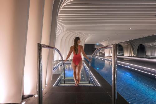 SKYE Suites Sydney - image 5