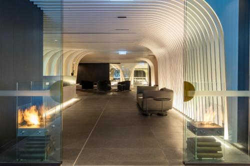 SKYE Suites Sydney - image 8