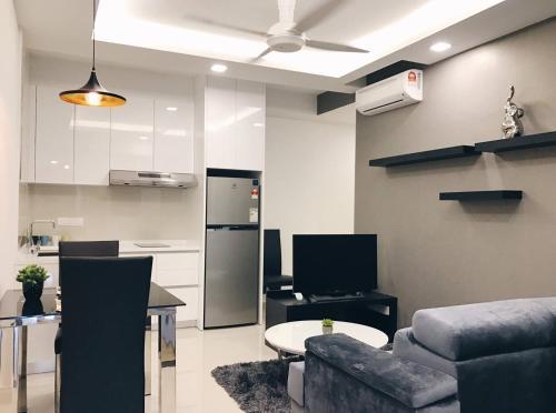Designer Suite With Swimming Pool View, Kuala Lumpur