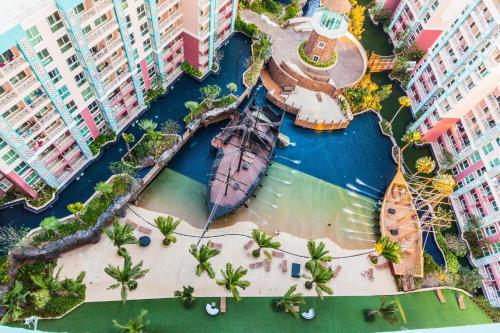 Tropical Apt. in the Heart of Pattaya City Tropical Apt. in the Heart of Pattaya City