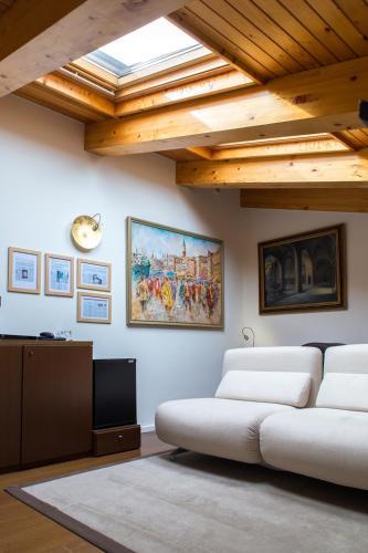 Suite Junior Dúplex Hotel Museu Llegendes de Girona 17