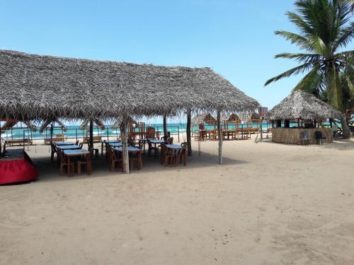 Yaalu Maalu Chill Cabana and Restaurant