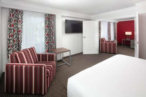 Red Lion Hotel Orlando Lake Buena Vista South - Kissimmee, FL 34747