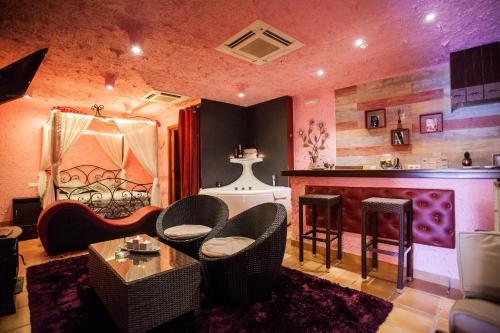 . luxury suite