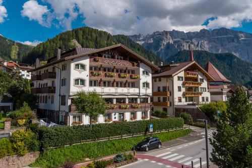 Astor Suites B&B Wolkenstein-Selva Gardena