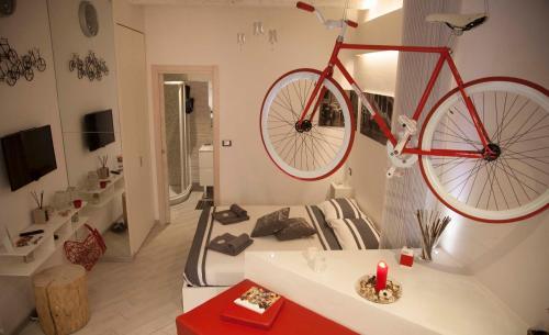 . Biciclo' Rosso Ferrara