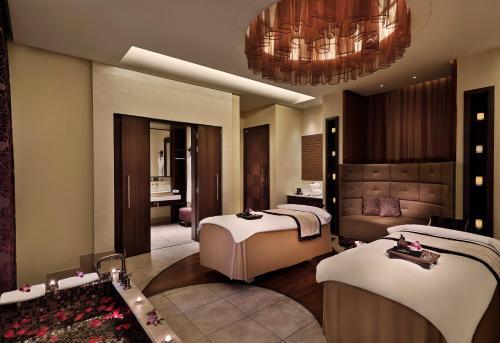 Anantara Eastern Mangroves Hotel & Spa photo 46