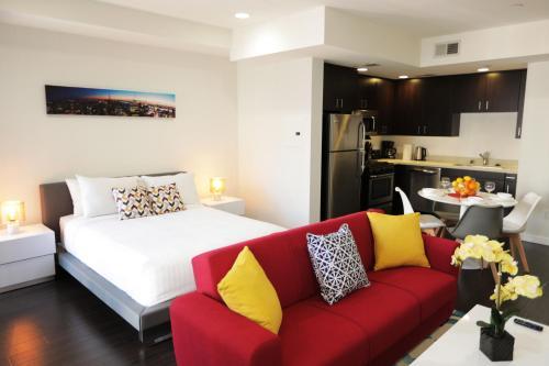 Elegant Residences room photos
