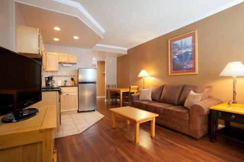 Legacy Vacation Club Steamboat Springs Hilltop - Steamboat Springs, CO 80487
