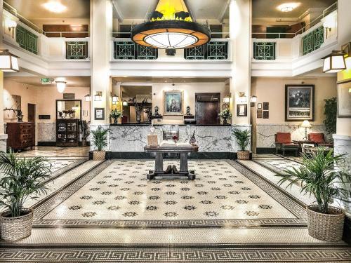 . Historic Plains Hotel