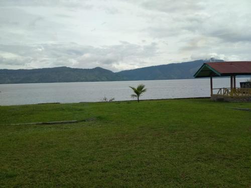 Penginapan Marroan, Samosir