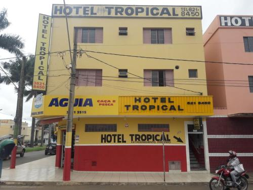 . Hotel Tropical