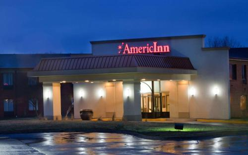 AmericInn by Wyndham Johnston Des Moines