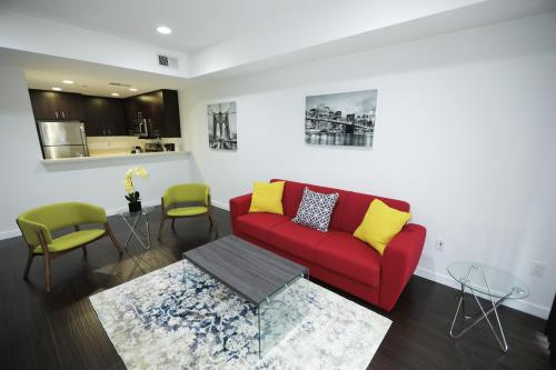 Comfort Residences room photos