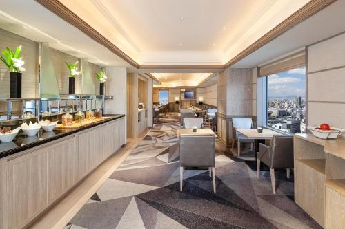 小型特大號床套房 - 可使用行政酒廊 (Junior King Suite with Access to Executive Lounge)