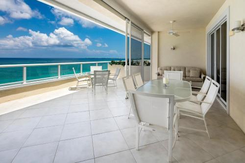 . South Bay Beach Club Villa 33