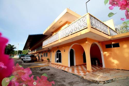 __{offers.Best_flights}__ Hotel Bugambilias
