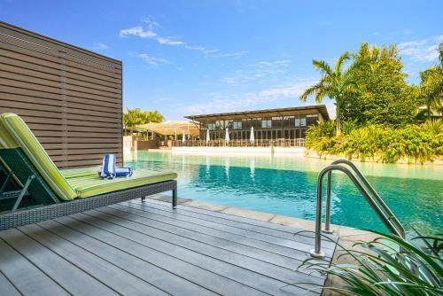 Gilruth Avenue, Mindil Beach, Darwin, 0801, Australia.