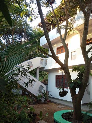 A-HOTEL com - Seagull's Nest, Apartment, Tangalle, Sri Lanka