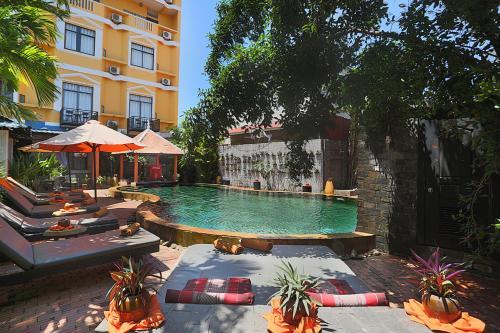 HotelCentral Privilege Hotel