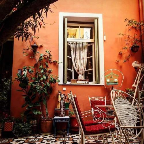 Athens Quinta, Pension in Athen