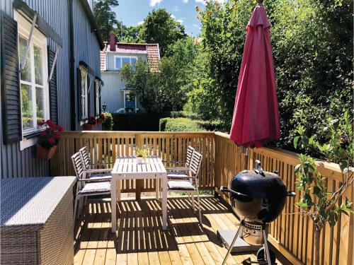 Three-Bedroom Holiday Home in Bromma photo 21