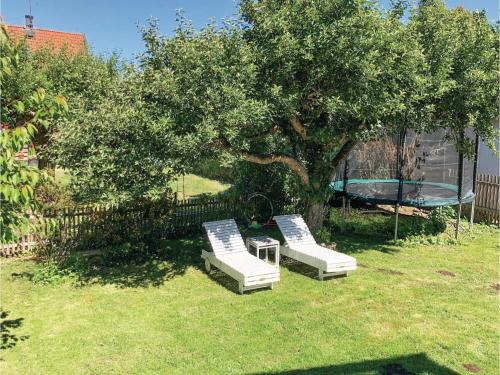 Three-Bedroom Holiday Home in Bromma photo 22