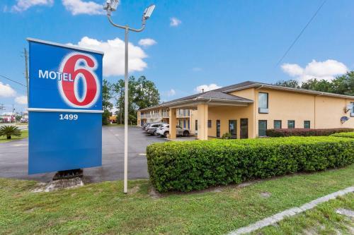 Motel 6 MacClenny