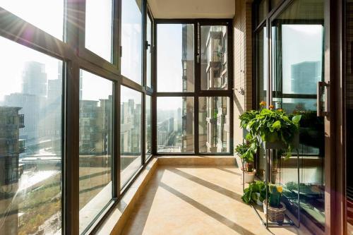 Zhengzhou Zhengdong New District·Zhengzhou East Railway Station· Locals Apartment 00136160